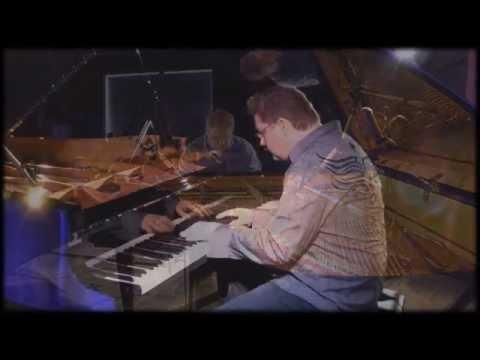 Philip Wesley performs 'Light & Shadow' in Costa Mesa, CA http://philipwesley.com/