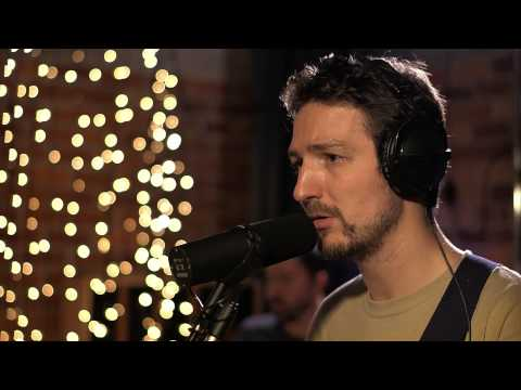 In Session: Frank Turner - Cowboy Chords