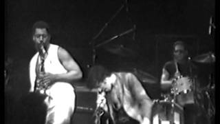Bruce Springsteen - 10th Avenue Freeze-out (Live - Passaic 1978)