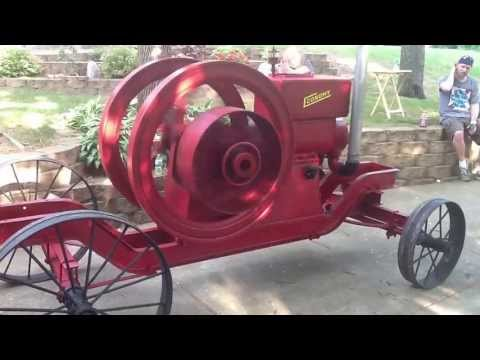 Running the Economy 12 HP Hit and Miss Gas Engine on the 4th of July