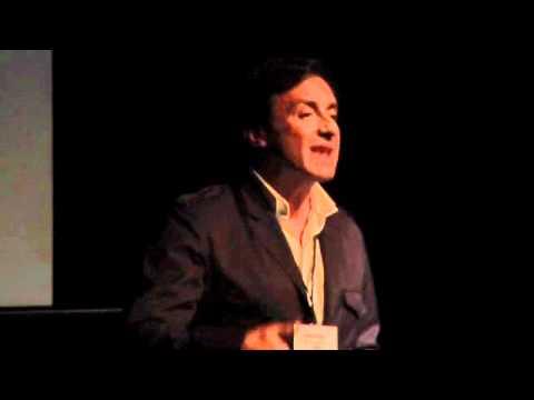 La felicidad en el trabajo: Santiago Vazquez at TEDxGalicia