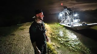 Exploring 20 Miles DEEP In Dangerous Everglades!! (Midnight)