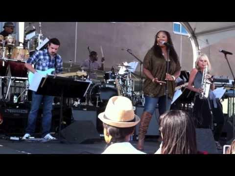 It's A Man's, Man's, Man's World - Mindi Abair (Sax) & Lalah Hathaway (vocals) Grammy Block Party