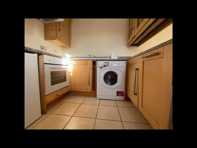 One bedroom flat close to Reading town centre Main Photo