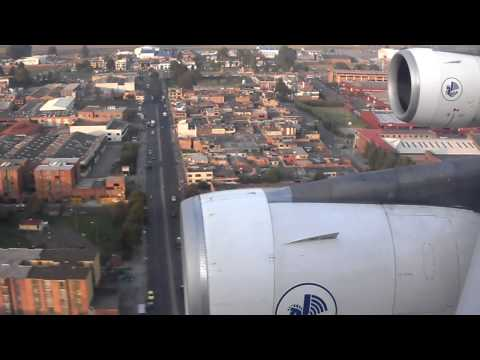 Air France A340 Landing Bogotá (HD video)
