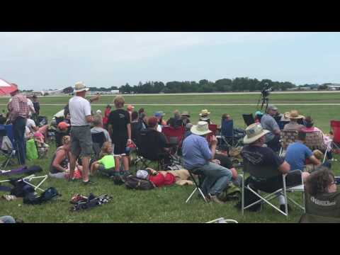 EAA Airventure 2017 Ford Tri-Motor takeoff