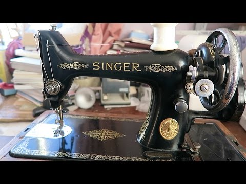 Using a vintage Singer sewing machine for the 1st time.