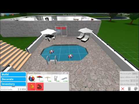 Building a backyard with a pool!! (bloxburg) - YouTube