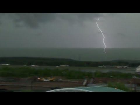 Raw: Severe Weather Strikes Northeastern U.S.