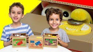 PAULINHO e TOQUINHO & Gatos que Saem da Caixa de Brinquedos p/ Crianças - Paulinho e Toquinho