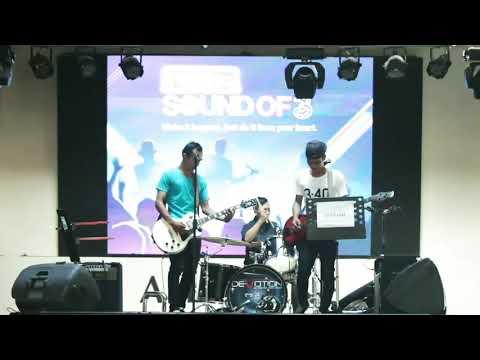 Crashline live Hardrock cafe Bali-2017