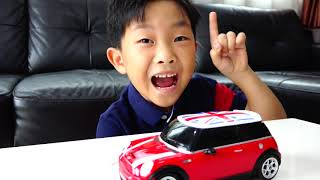 Download [30분] 예준이의 전동 자동차 장난감 조립놀이 연속보기 Video for Kids Car Toy Power Wheels Mp3 and Videos