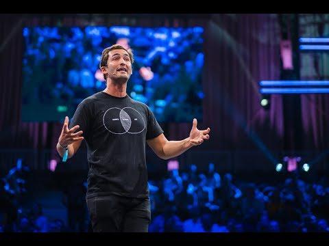 Jason Silva on Our transhuman future: tech, wonder & the singularity | TNW Conference 2018