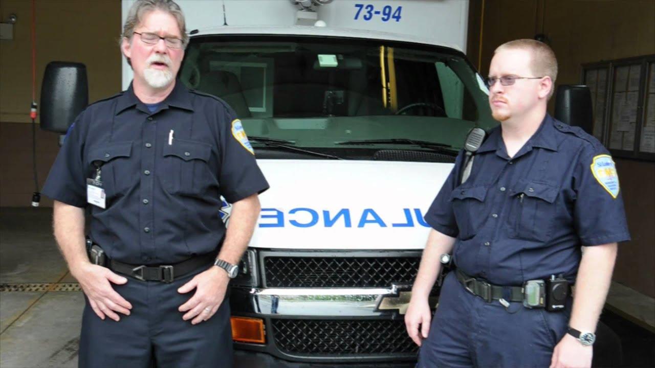 Dirty Jobs: Uniforms Edition - Paramedics/EMT Uniforms - Wearables