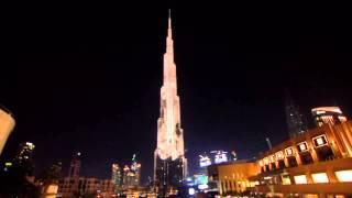 Jaguar F PACE lichtshow Burj Khalifa Dubai