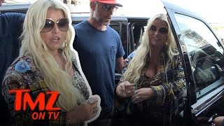 Jessica Simpson's Got A Big Snake Problem! | TMZ TV