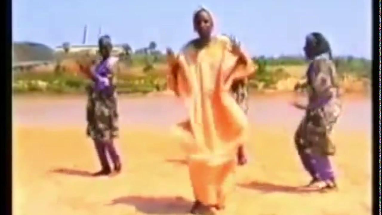 Download SANGAYA song by sarauniya films (Hausa Songs / Hausa Films)