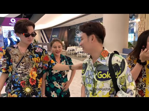 Trấn Thành soi thời trang các sao trong chuyến đi Thailand