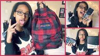 What's In My Backpack?! { Freshman // 9th Grade }