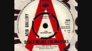 Play Dance Around the Maypole