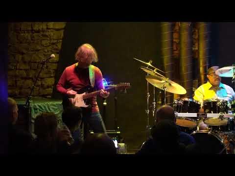 2019.04.01 Dean Brown - DBIII - Lampshade @ Agartha Jazz Club, Praha