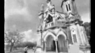 Uravo Puthumai - Aadu Puli Aattam