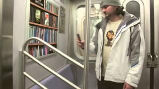 Электронная библиотека книг в метро