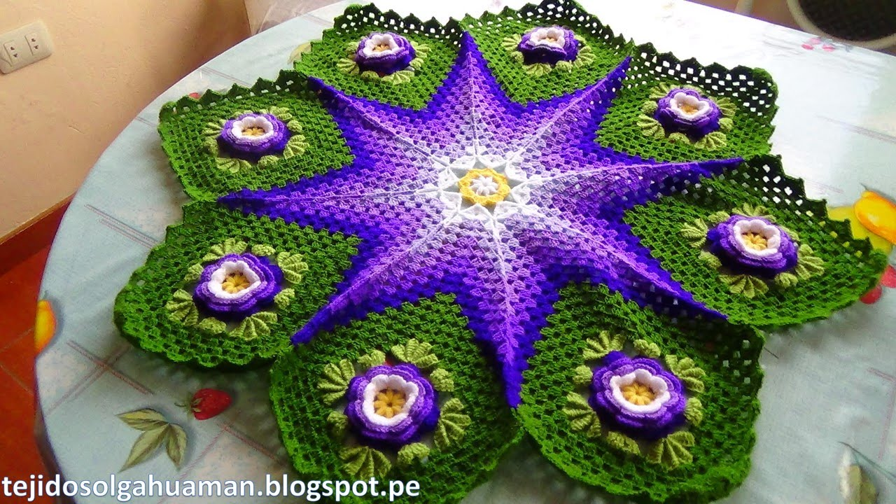 Tapete tejido a crochet car interior design - Tapetes de lana ...