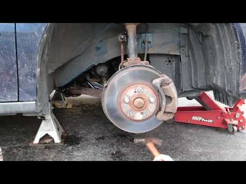 How to Break Loose a Balljoint From Hub/Steering Knuckle - Honda Odyssey