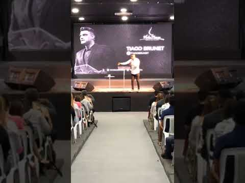 Tiago Brunet na Igreja Vida Nova em Anápolis Goiás