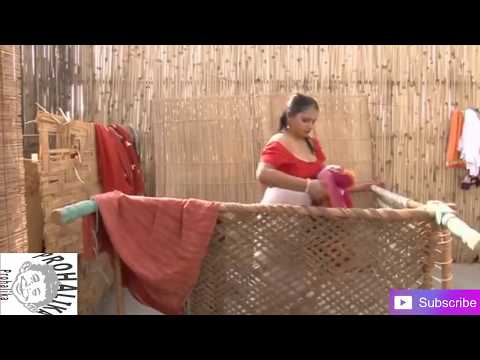 Indian Women bathing /Bangladeshi aunty bath video 2017/open bath video thumbnail