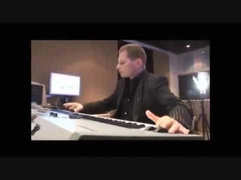 ★ SCOTT STORCH MAKING A BEAT ★