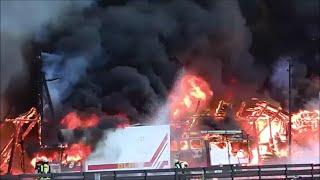 [DLRG-Heim Niedergebrannt] GroГџeinsatz Feuerwehr Celle [Einsatzfahrten + Einsatzstelle]