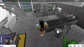 NEW FOODS AND FURNITURES IN BLOXBURG! | ROBLOX