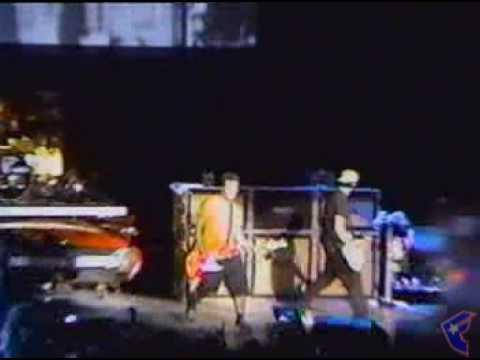 Blink 182 - Dumpweed @ The Mark Tom Travis Show