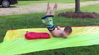 Download Video Bikin Ketawa Ngakak, Video Lucu Saat Bermain Seluncuran Air  😁 Best Water Fails Funny  | Kisaz Kekez MP3 3GP MP4