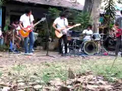 Eboni And Ivory - Frans song @UM Malang