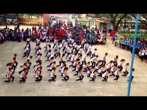 Dân vũ Rasa Sayang 11A1 (12-15) THPT Phù Cát 1