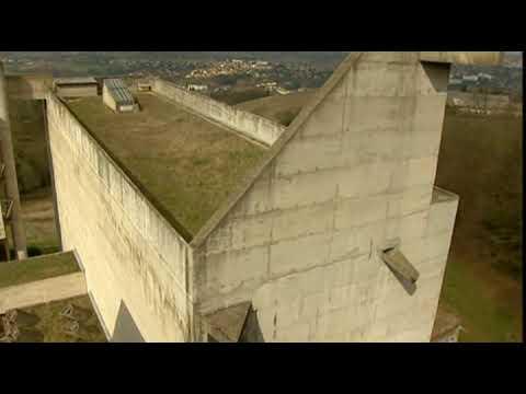 Le Corbusier - The Cloister La Tourette