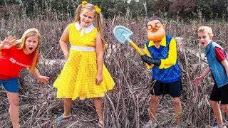 Assistant turns into Gabby Gabby and Hello Neighbor with Crystal at the Corn Maze