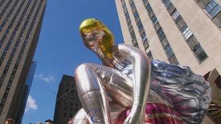 Гигантскую надувную балерину сделал художник Джефф Кунс (новости)