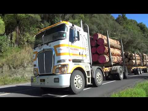 Mount Messenger trucking - Will Bishop Trucks NZ