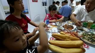 Gambar cover Giao Lưu cùng Gia Đình Anh Sang l Bếp Củi Quê Hương Cùng Vào Bếp