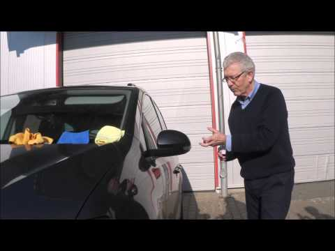 Coating a car with Liquid Glass Permanent Protector