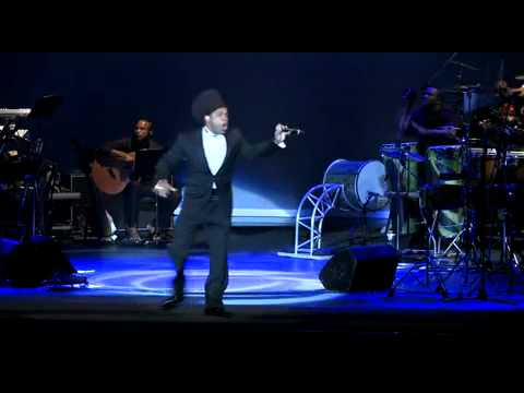 Carlinhos Brown - Teatro Castro Alves.mp4