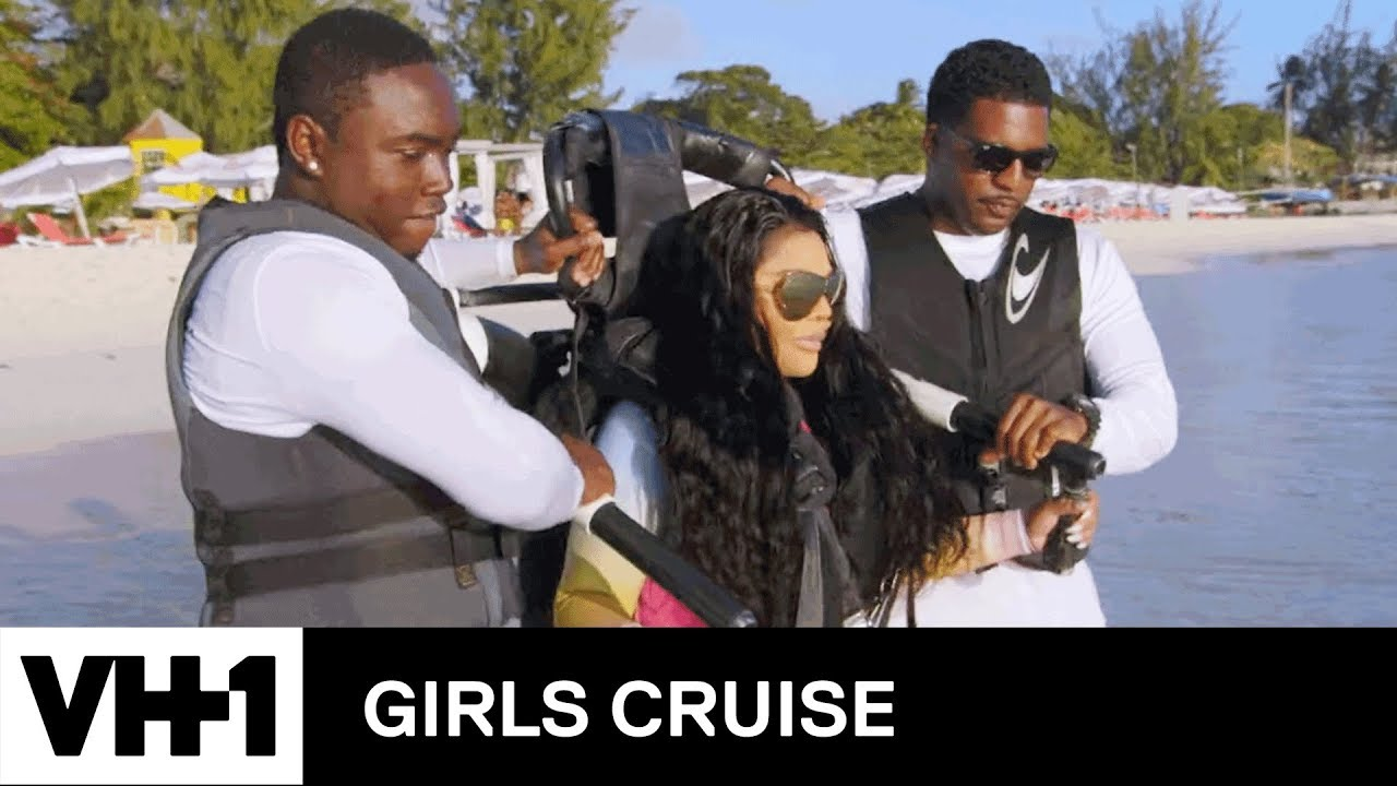 Download Lil' Kim Shows Off Her Jet Pack Skills | Girls Cruise