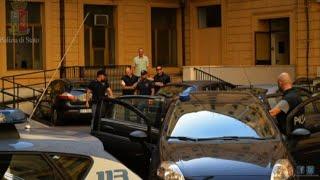 Video L'arresto per il delitto dei Parioli, due gambe in un cassonetto download MP3, 3GP, MP4, WEBM, AVI, FLV November 2017