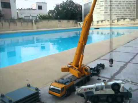 Mobile Cяane Tяuck ANIMATION 0008 LIFTING A TEREX DEMAG AC 40   AND PUTTING IT IN THE SHIP :]