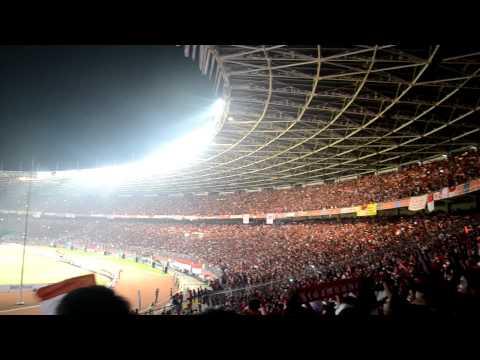 Lagu kebangsaan INDONESIA RAYA berkumandang di Gelora Bung Karno