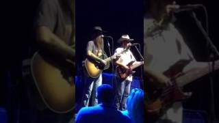Gambar cover Cody Jinks- I'm Not the Devil